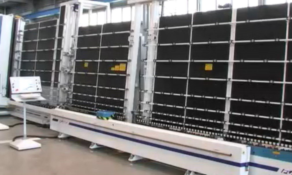AUT. VERTICAL SEALING ROBOT